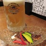 童々巡り - 生ビールで乾杯。