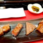 ステーキ徳川 - 松阪牛、黒毛和牛、ヒレ肉、ロース肉食べ比べ