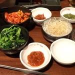 焼肉 ぽんが - 副菜系は食べ放題
