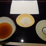 5346095 - 天ぷらのお塩と天つゆ