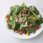 ほうれん草・トマト・パンチェッタのグリーンサラダ(ディナーのみ)