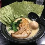 麺家蔦重 - 料理写真:らーめん(700円)+味玉(100円)+のり(100円)