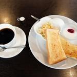 カジュアルレストラン 明日香  - モーニング(全体)