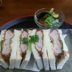 カフェ&レストラン 絵里珈 - カツサンド定食 1600円