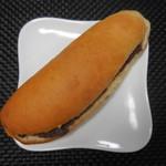 こっぺぱんとフレッシュサンドの店 ウイングベーカリー - こっぺぱん(粒あん) 180円