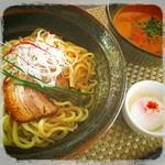 寿々や - 第4回グルメ総選挙 出品メニュー  火遊びつけ麺 、えん麦(オーツ麦)100%の太麺「北海道産」