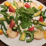 フィッシュタヴェルナサンボ - 島野菜のアンチョビバターソース。これ、お気に入りです。