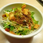もつやき 婁熊東京 - 野菜サラダ☆さっぱりといただけます♪