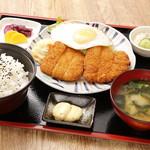ちとせ - 白身魚のフライ定食 750円