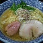 麺や而今 - 塩鶏湯そば¥720