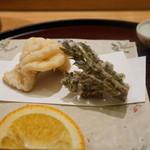 日本料理 太月 - あいのめ、たらの芽の天ぷら