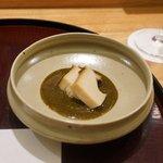 日本料理 太月 - 先付:千葉産蒸しアワビ、アワビの肝つけ