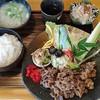 山小屋 - 料理写真:焼肉定食1250円はお贅沢ランチ
