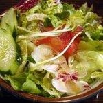 ビストロ鉄彩 - ランチのサラダ