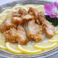 天山 - 鶏のレモンソースかけ