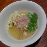 53507597 - シェフお勧めのディナーコース 金目鯛のお刺身 上海ソースがけ