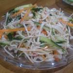 馬記 蒙古肉餅 - ・金针菇拌黄瓜 480円 エノキとキュウリの和え物