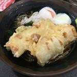 峠の蕎麦 - 冷かけ(ちくわ天+温泉卵)