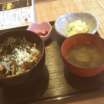 さかな食堂 - 甘辛唐揚げ丼定食
