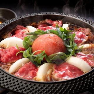 名物!完熟トマトの旨みが染込んだ割り下の『トマトすき焼き』