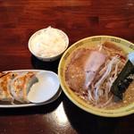 江川亭 - 中華麺600円+Aセット250円