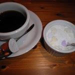 5352320 - +50円でつく食後のコーヒー。