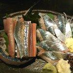 旬の魚と旨い地鶏 魚鶏屋 - サンマのお刺身