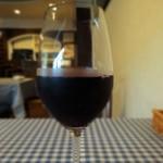 asile - グラスワイン赤は南フランス産