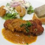 洋食カフェ・バー KITORI - ずし呑みメニュー:ささみフライ インドカレーソース