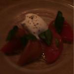銀座Toriya Premium 本店 - フルーツトマトのカプレーゼ
