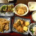 隠れ房 御庭 - 料理皿2