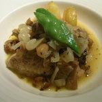 長崎 ペリニィヨン - 焼肉姉オーダー:鶏もも肉のワイン煮♪