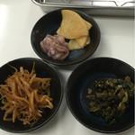 博多天ぷら なぐや - 香の物は食べ放題