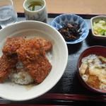 工房 くりま - ソースかつ丼 ¥800-