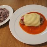 ナグッド - ランチ 奈良産郷ポークと野菜、チーズの重ね焼き 1500円
