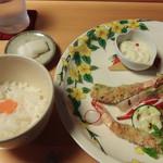 旬洋膳 椿 - 海老の香草焼き