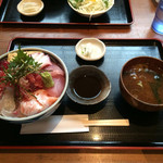 53554403 - 厚さが絶妙な海鮮丼。海無し県埼玉、侮り難し。