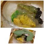 53554546 - ◆唐津の赤うに、鮑、オクラのすり流し、鮑出汁のじゅれがけ。