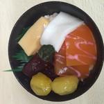 まちのくまさん - 料理写真:海鮮丼