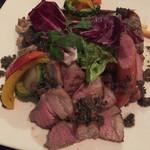 SEAGARDEN - ◯SEAGARDENの肉盛り合わせ ¥2,680