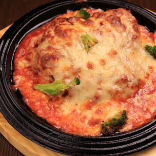 チーズ料理、和食もあります。