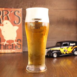 FOOD40種、DRINK60種以上超・樽生達人の生ビール