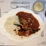 Toile de liberte - カレー。平日はスープ付き。