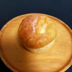 ブーランジェリ ミル・ヴィラージュ - 「クリームパン」160円税込