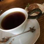 gallery cafe NUNO  -