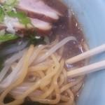 53580879 - 豊橋店の醤油スープの拡大画像です。