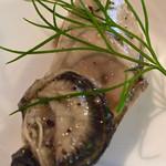 BONO - キュキュッとしまってまったりとした舌触りの牡蠣のハーブマリネが超絶美味。