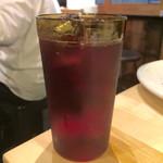 BONO - 何気にひっそりとソフトドリンクにクランベリージュース。お酒みたいに見えるから女子はこれを注文するといいかも。