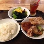 SHIBAURA GRILL - アジフライと唐揚げ定食。
