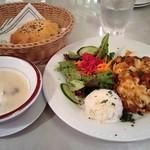 Turkish Kitchen - ランチ:日替わりランチセット(ピラキ)、スープ、パン